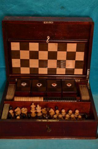 Alte Holztruhe Spielschatulle Spielekasten Schach/dame Um 1930 Bild