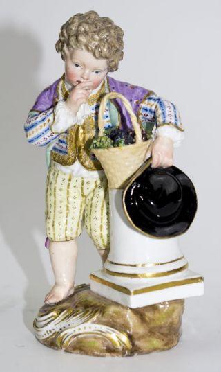 Seltenes Gärtnerkind Mit Trauben Victor Acier Meissen 1.  Wahl 19.  Jhd.  Top Bild