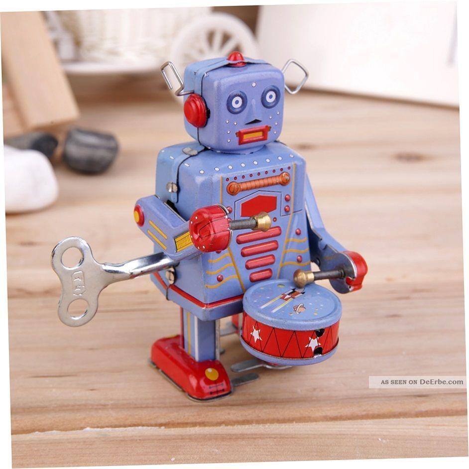 Vintage Metal Tin Drumming Robot Clockwork Wind Up Tin Toy Collectible @b Original, gefertigt 1945-1970 Bild