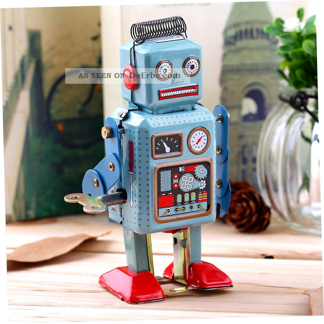 Vintage Mechanical Clockwork Wind Up Metal Walking Robot Tin Toy Kids Gift Ss Original, gefertigt 1945-1970 Bild