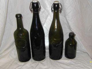 4 Bierflaschen,  Uralt,  Unterelbische Buxtehude,  Schwer Bild