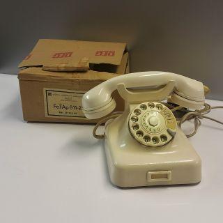 Altes Bakelit Post Telefon W48 Fernsprecher Wählscheibe Dfg Berlin Mit Ovp Bild