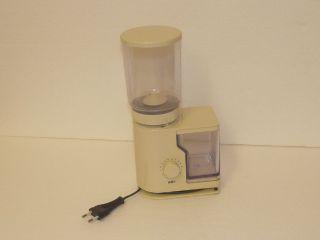Kaffeemühle Braun Kmm 10/20,  Type 4045,  Cremeweiß Bild