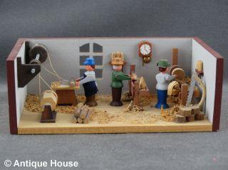 Erzgebirge Volkskunst Miniatur Seiffener Stübelmacher Schreinerwerkstatt Tischle Bild