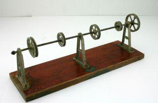 Transmission Antriebsmodell Für Dampfmaschine Von Doll & Cie. Bild