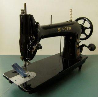 Alte Industrie Nähmaschine Singer 31k32 Sn:y70010112 Auch Leder Jahr 1929 Bild