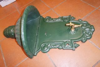 Puteus 15132 - E Nostalgie - Wandbrunnen Grauguß Grün Lackiert Händler D18817 Bild