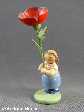 Erzgebirge Volkskunst Altes Blumenkind Mit Kranz Im Haar Und Mohnblume Bild