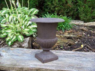Französische Vase - Amphore Gusseisen H22 Cm Landhausstil Rost Antiklook Bild
