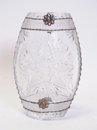 Riesige Schwere Blei Kristall Glas Vase Shabby Chic Vintage Mit Metall Montur Bild