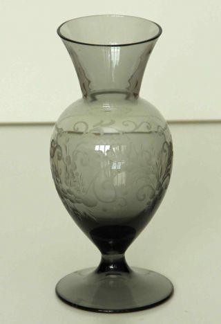 Glasvase Vase - Floral Handgeschliffen Theresienthal 18cm - Gemarkt Th Mit Krone Bild