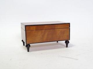 Originale Seltene Kleine Modell Holz Schatulle Schmuckkästchen Aufbewahrung Bild
