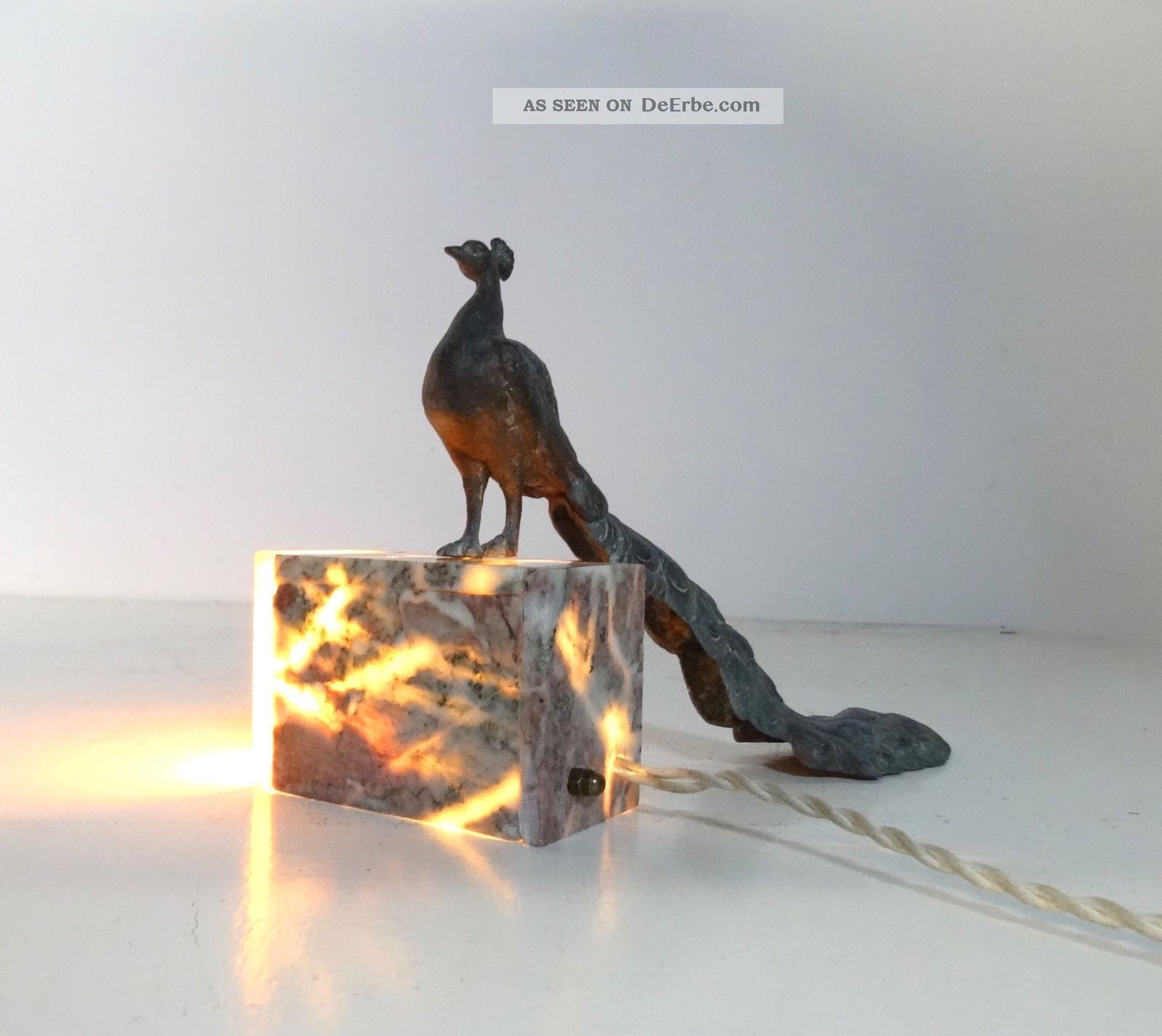 Seltene FranzÖsische Art Deco Marmor Lampe Mit Pfau Tischlampe Lamp 1920-1949, Art Déco Bild
