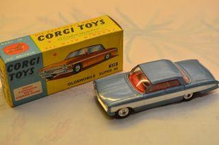 Sammlerstück Corgi Toys 235 Oldsmobile Supper 88 Bild
