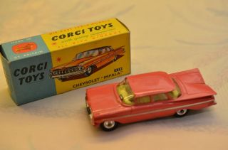 "Sammlerstück Corgi Toys 220 Chevrolet ""impala"
