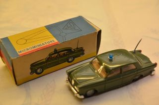 Sammlerstück Politoys Microminiature 48 Auto Polizia Giulietta Bild
