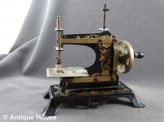 Alte Kindernähmaschine Metall Adler Made In Germany Bild