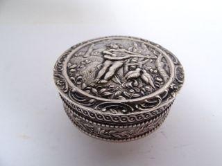 Antike 800 Silber Deckeldose Laute Spielender Engel Herrlich Verziert Bild