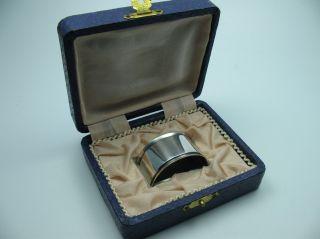 Sehr Schöner Alter Serviettenring Aus 800 Silber Für Stoffservietten Incl Etui Bild
