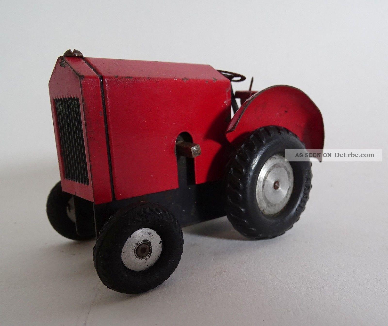 Antiker Blechspielzeug Traktor Trecker Schlepper Mit Uhrwerk Made In Germany Rot Original, gefertigt vor 1945 Bild