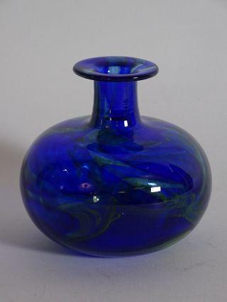 Ausgefallene Seltene Glas Design Vase Signiert 13 Cm Blau Geschliffener Stand Bild