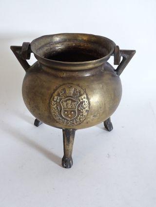 Antiker Sehr Früher Henkeltopf Bronze/messing Mit Wappen Und Tatzenfüßen Bild