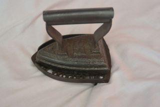 Antik Bügeleisen Gußeisern Antik Enterprise Untersetzer Mfc Co Philadelphia Bild