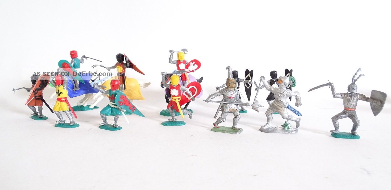 Großes Konvolut Timpo Toys Topfhelm Ritter Seltene Varianten Raritäten Gefertigt nach 1945 Bild