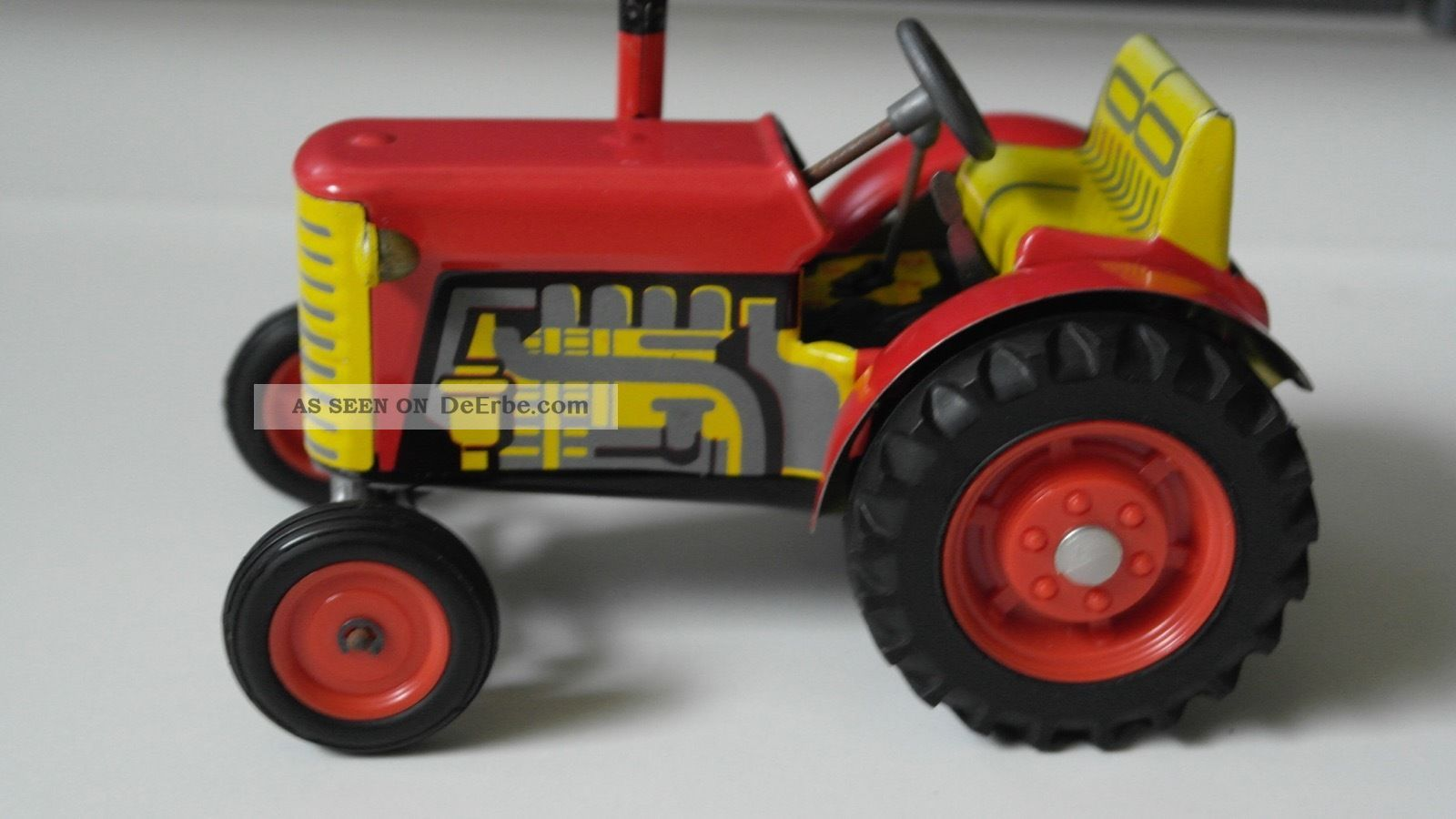 Blechspielzeug - Traktor Rot Von Kovap Komplett Mit Schlüssel Fahrbar Top Gefertigt nach 1970 Bild