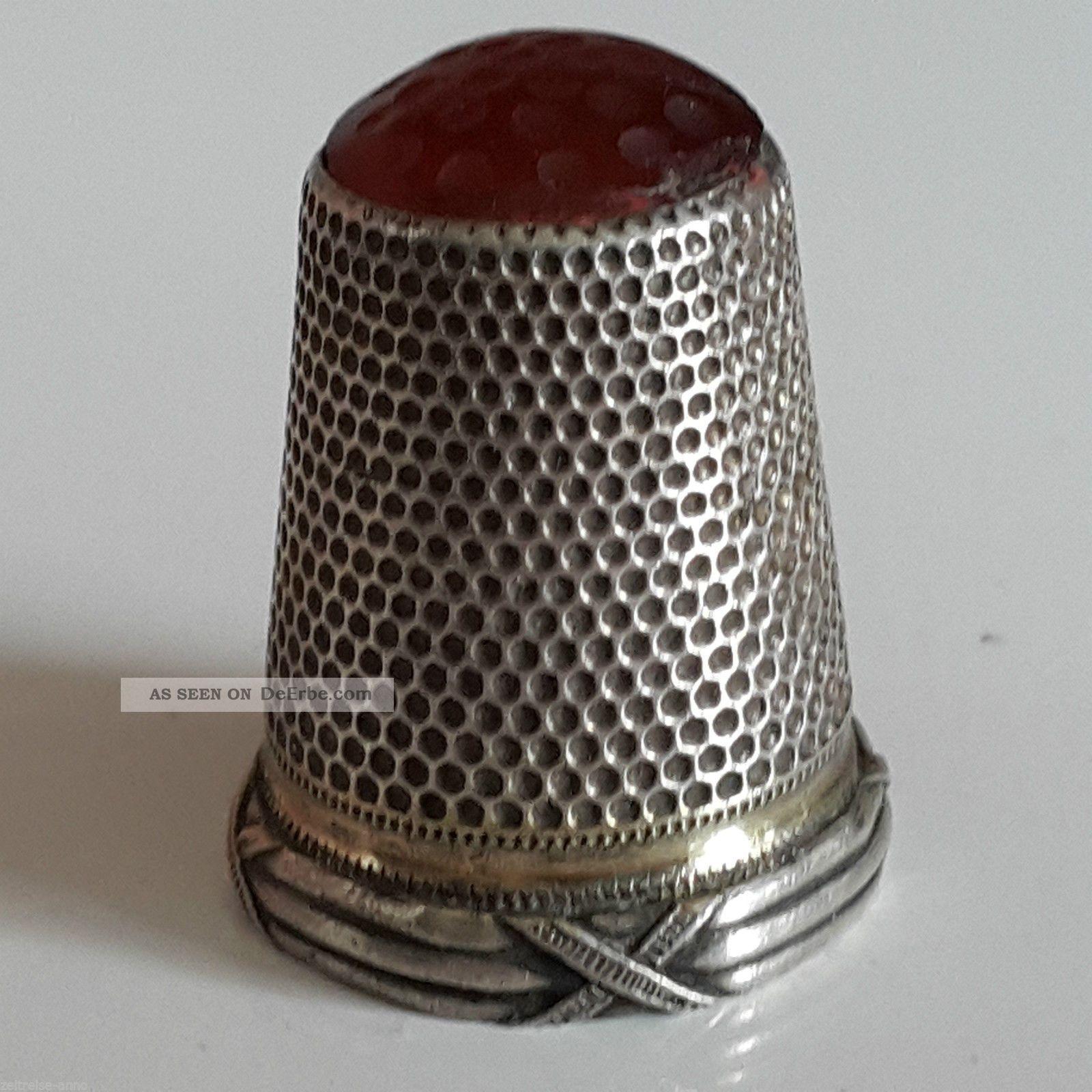 Jugendstil Fingerhut 800er Silber Mit Karneol Kreuzbandmuster Nähutensilien Bild