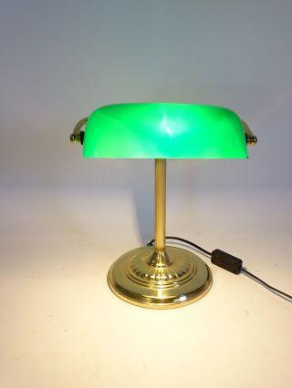 Herrliche Bankers Lamp Tischlampe Mit Grünem Glasschirm Art Deco Stil Bild