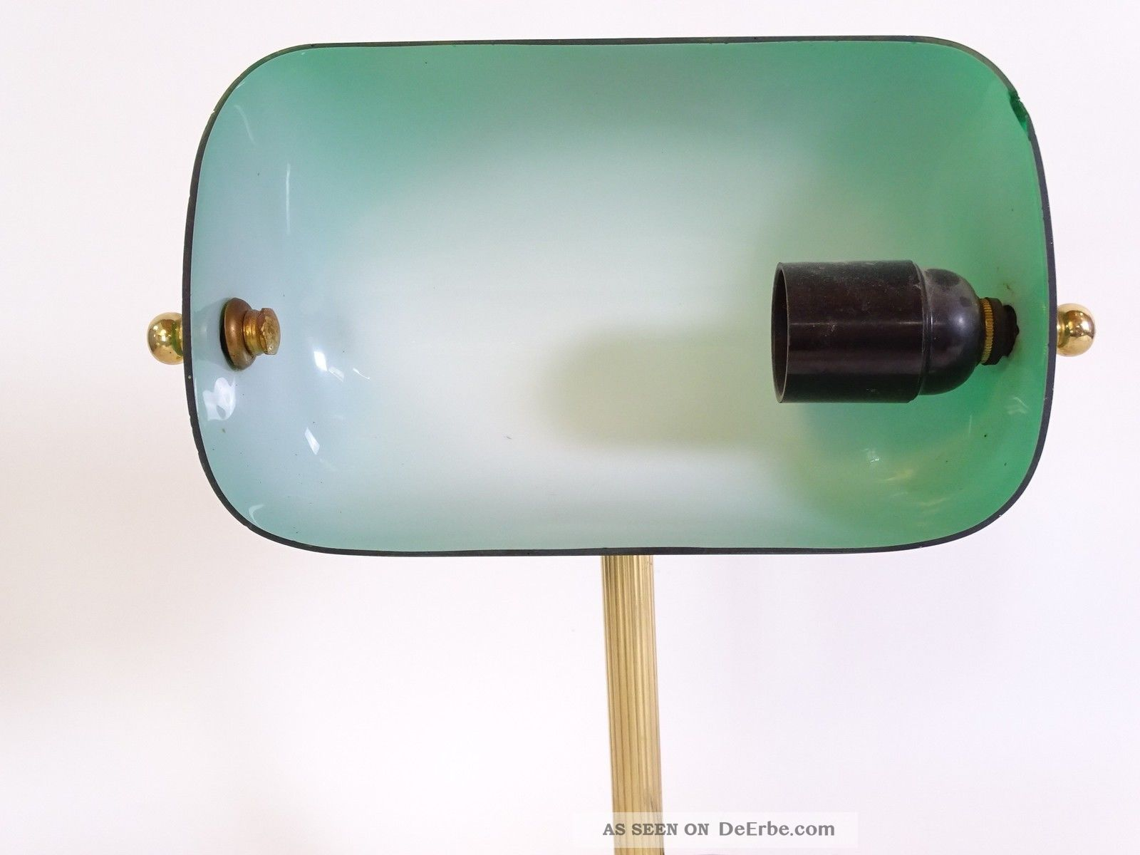 herrliche bankers lamp tischlampe mit gr nem glasschirm art deco stil. Black Bedroom Furniture Sets. Home Design Ideas