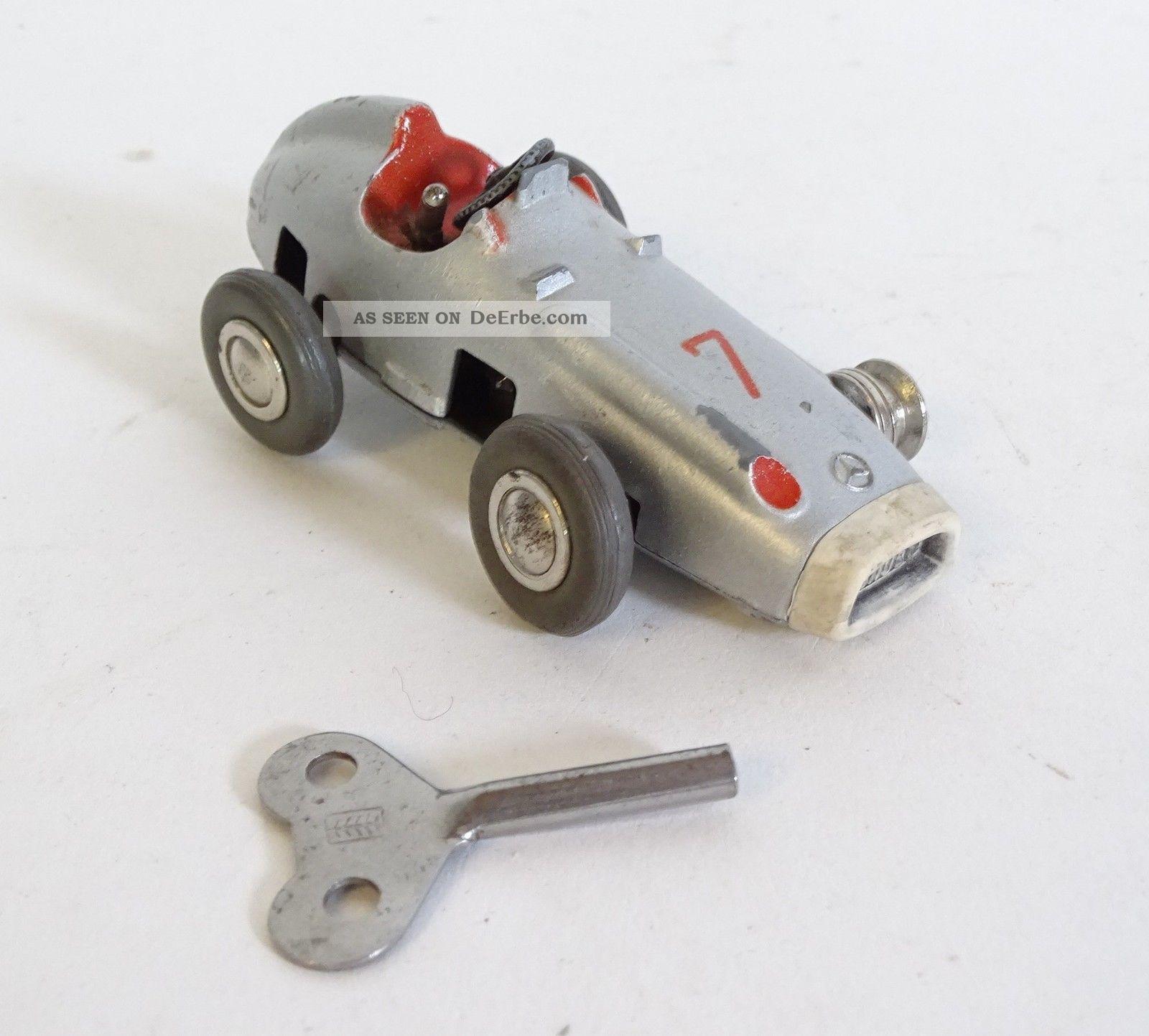 Schuco Micro Racer 1043 Nr.  7 Silber Grau Inkl.  Schlüssel Original, gefertigt vor 1945 Bild