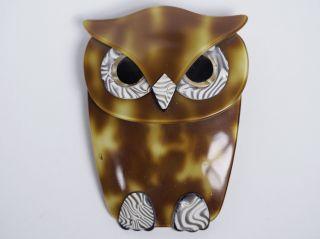 Lea Stein Brosche.  Buba The Owl. Bild