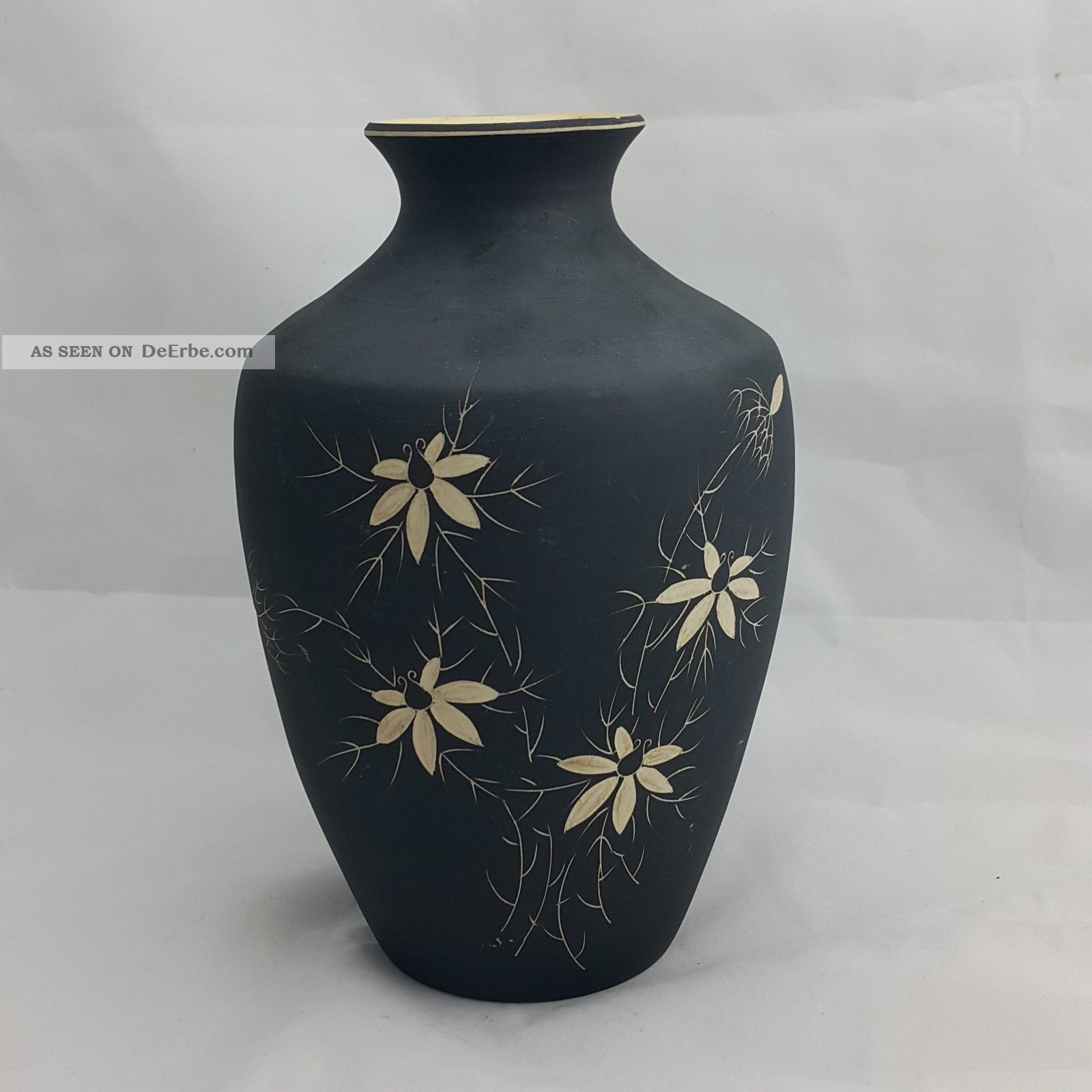 vintage keramik vase schwarz matt bl tendekor handarbeit tolle form h he 22 5cm. Black Bedroom Furniture Sets. Home Design Ideas