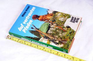 Buch: Auf Vertrauten Pfaden ; 192 Seiten Bild