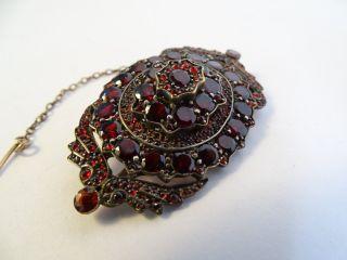 Herrliche Antike Große Brosche Mit Böhmischen Granaten Viele Rote Steine Kette Bild