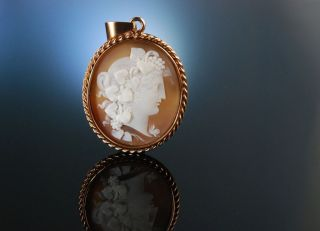 Kamee Gemme AnhÄnger Cameo Pendant MÄnade Silber RosÉ Vergoldet England Um 1870 Bild