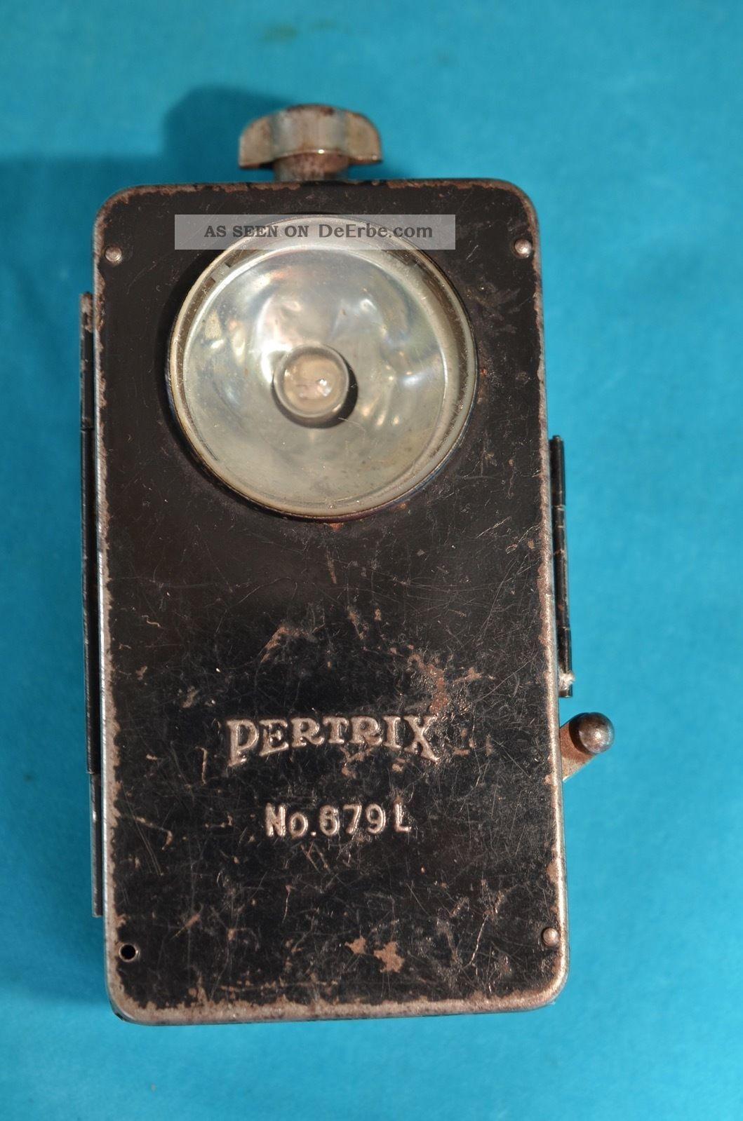 2.  Wk Wehrmacht Pertrix No.  679l Taschenlampe Haushalt Bild