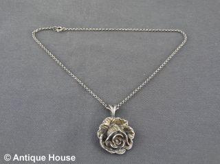 Schmuck Schmuckstück Silber 835 Ketten Mit Rosenanhänger Rückseite Engel Putti Bild