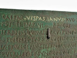 Militärdiplom Unter Kaiser Vespasian Bronze Patiniert Bild