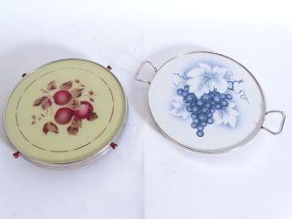 Paar Wunderschöne Art Déco Tortenplatten Mit Trauben Und Apfel Motiv Bild