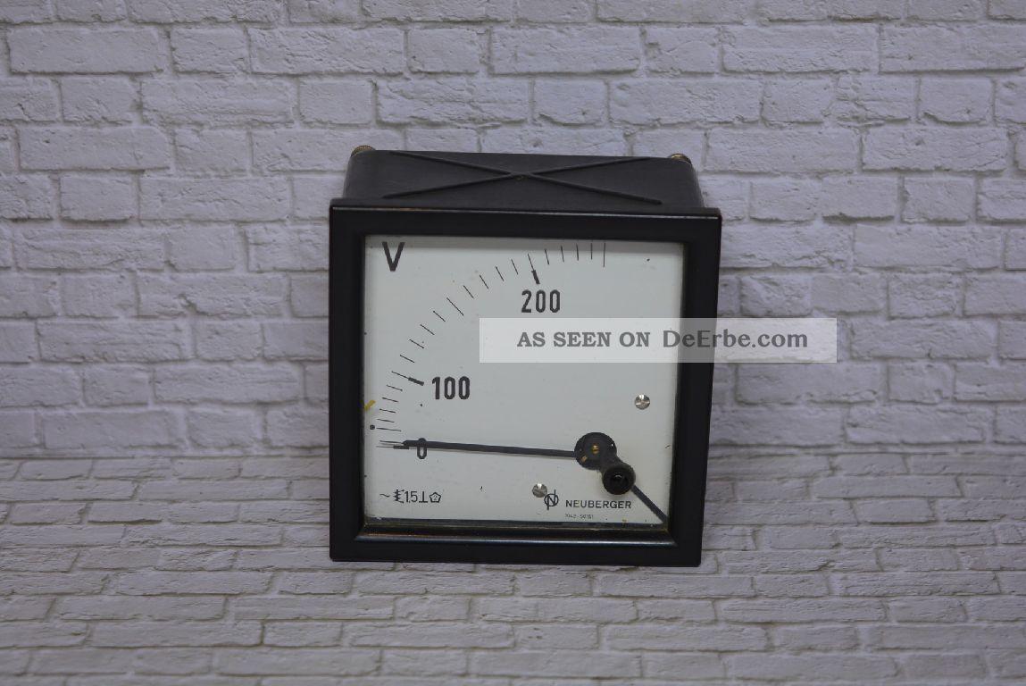 Voltmeter,  Hersteller Neuberger 0 - 200/250vac; K23 9 Wissenschaftliche Instrumente Bild