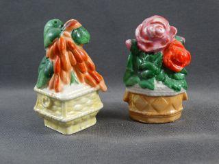 Alter Salzstreuer 2 Figuren Blumentöpfe Blumen Rose Bild