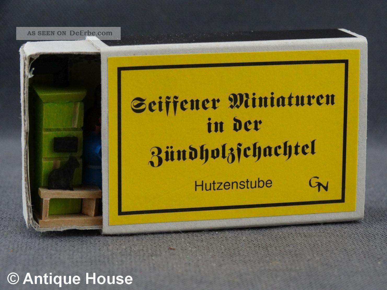 Erzgebirge Volkskunst Seiffener Miniaturen In Der Zündholzschachtel Hutzenstube Objekte nach 1945 Bild