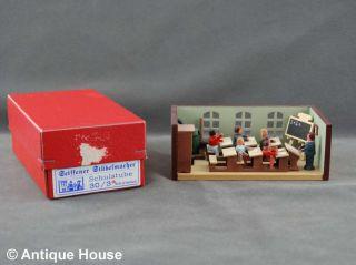 Erzgebirge Volkskunst Miniatur Seiffener Stübelmacher Schule Bild