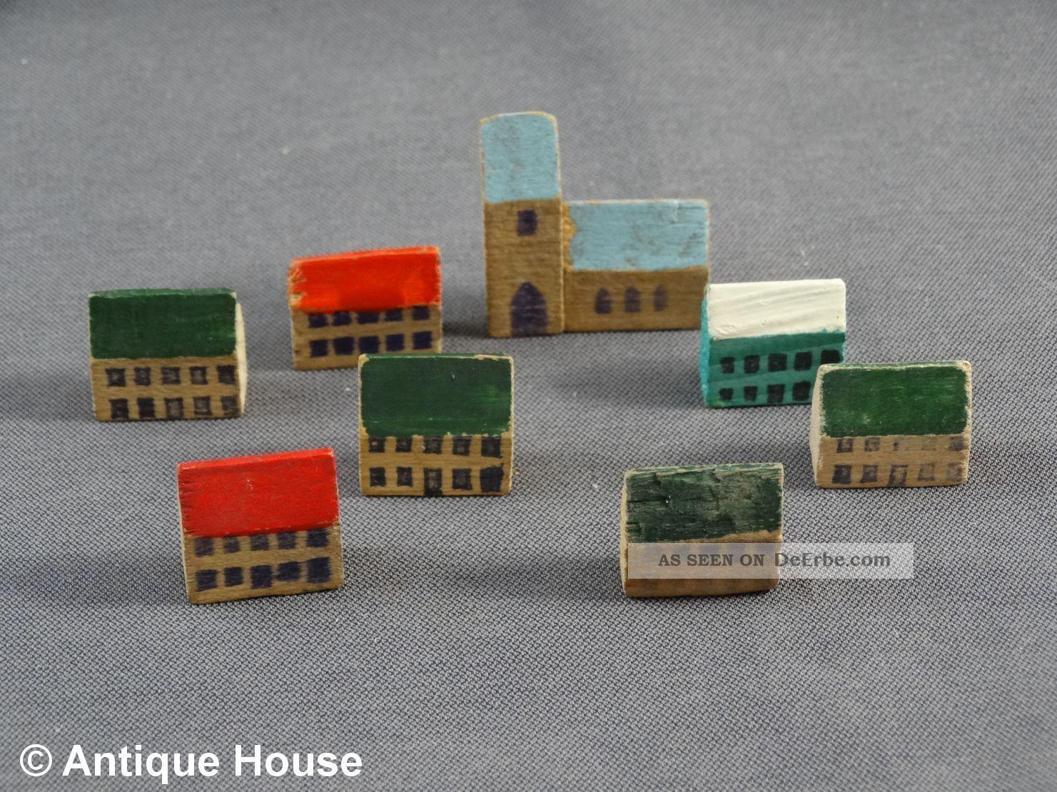 Erzgebirge Volkskunst Holz Miniaturen Dorf Häuser Kirche Objekte nach 1945 Bild