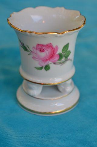 Originale Meissen Fuss - Vase Rosenmuster Mit Goldrand Bild
